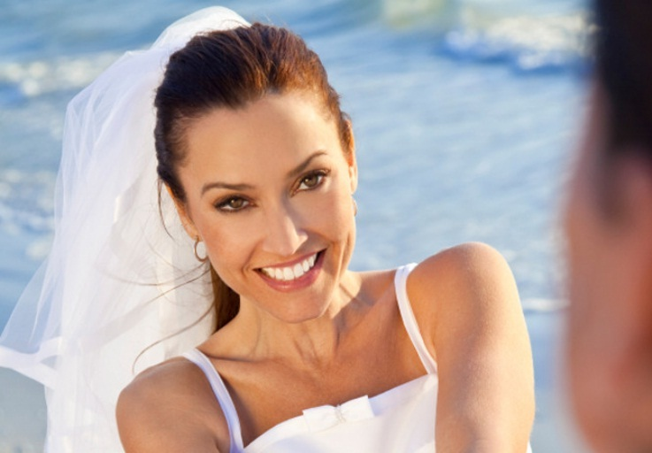 Looking for a Wedding Dentist to transform your smile for your big day? Look no further than Sunshine Coast Smile Centre.